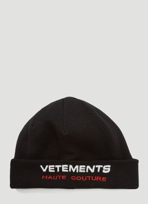 Vetements Embroidered-Logo Beanie Hat in Black