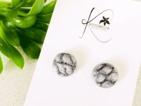 Stud Earrings Grey Snake