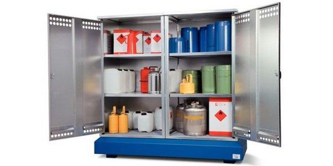 Depósitos para el almacenamiento de productos químicos