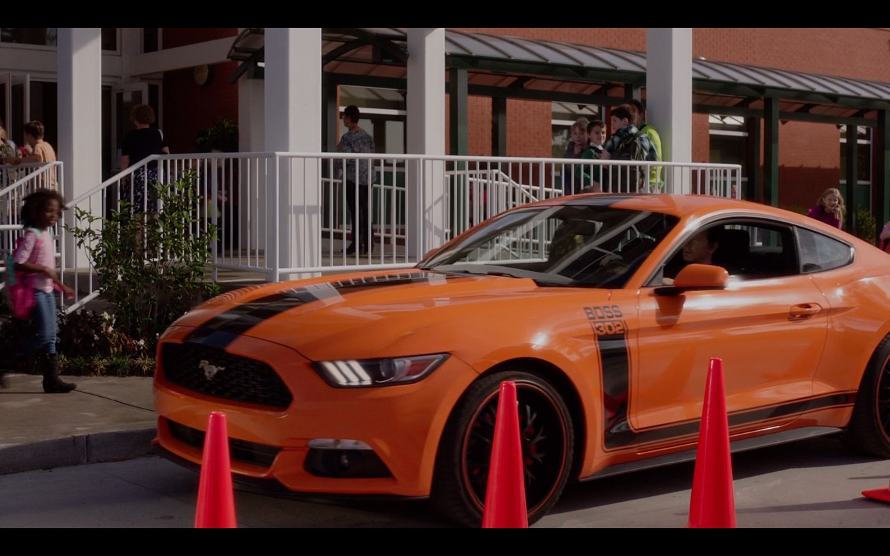 Ford Mustang  Daddys Home 2015 Movie
