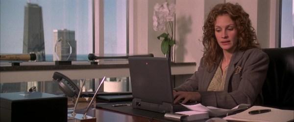 Apple Laptop Used Julia Roberts In Friend