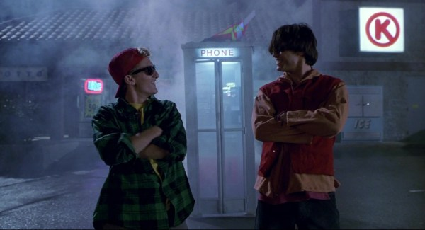 Circle And Miller Lite Beer Neon Sign In Bill & Ted'