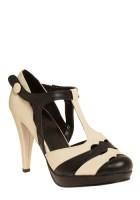 Pros and Contrast Heel