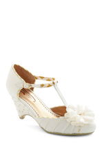 image of Privilege to Look Lovely Heel in Ivory