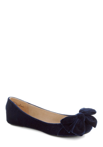 Point Your Bows Flat in Sapphire