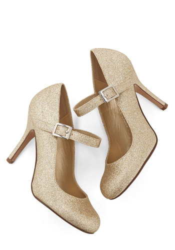 Yes I Candescent Heel in Gold from ModCloth