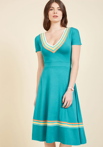Yes to Yesteryear Midi Dress in 10 (UK)