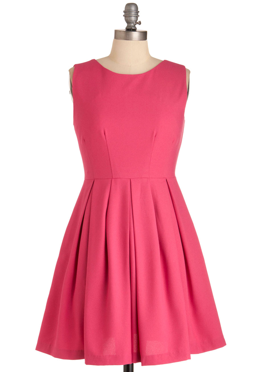 Cue Compliments Dress In Pink Mod Retro Vintage