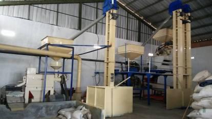pemasangan mesin poles beras di