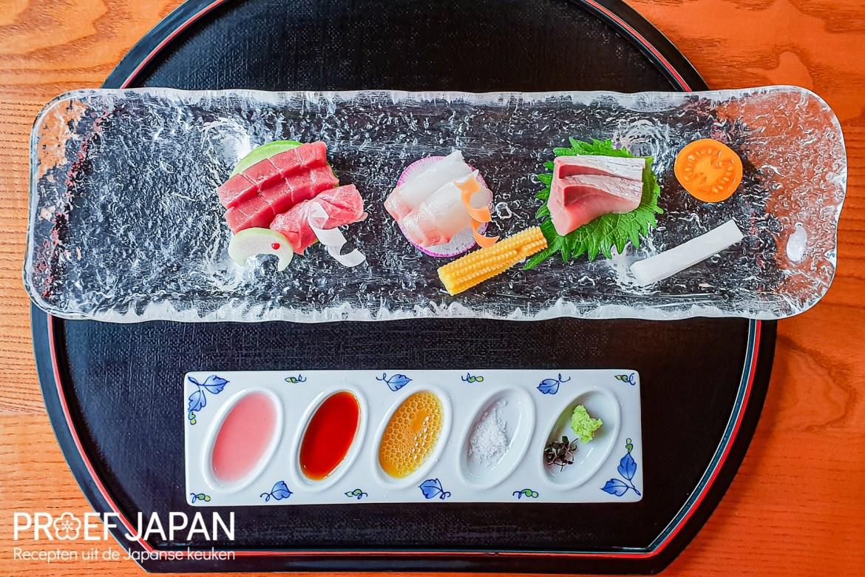 Verschillende soorten sashimi. Onderdeel van het aoi seizoensmenu bij Yamazato in Amsterdam.