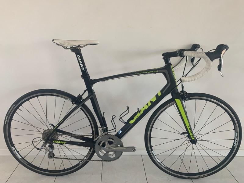 Giant Defy Carbon Shimano Tiagra