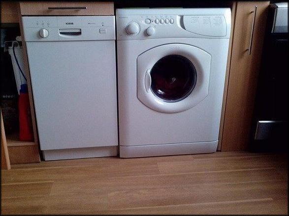 посудомойка рядом со стиральной машиной