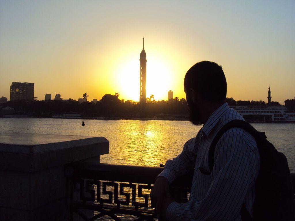 Una mirada a la Torre del Cairo