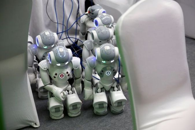 0_NAO-robots-are-being-charged-at-the-WRC-2016-World-Robot-Conference-in-Beijing