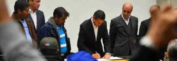 Acuerdos-con-Padres-de-Familia-Caso-Ayotzinapa
