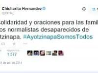 """Se solidariza """"Chicharito"""" con familiares de normalistas desaparecidos."""