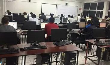 Evaluación docente vulnera derechos humanos y laborales, reclaman maestros al INEE