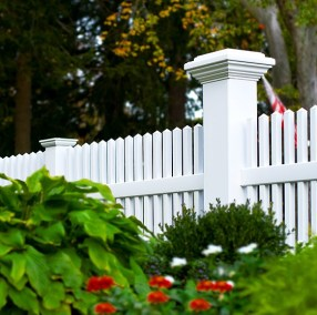 V700 Straight top Classic Victorian picket fence with an 8x8 Majestic post by Illusions vinyl fence.