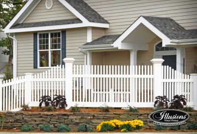 8x8 Majestic posts with a Classic Victorian picket fence by Illusions vinyl fence.