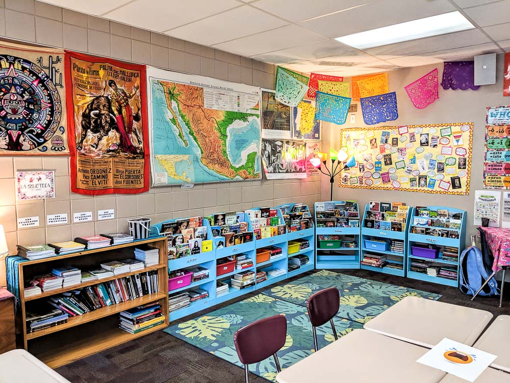 classroom fvr library Spanish class