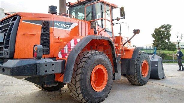 Pala cargadora de ruedas Doosan DL300-5 Profesiolan 244