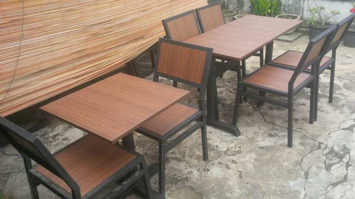 Harga Meja Kursi Cafe Jati 1 Set Di Cikarang Bekasi