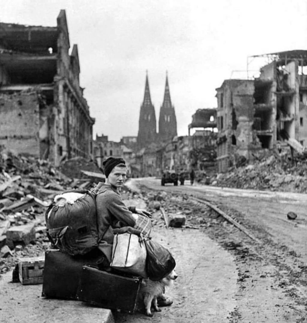 Mujer en Colonia, segunda guerra mundial