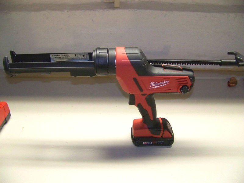 Milwaukee M18 Caulk and Adhesive Gun Review - Tools In Action - Power Tools and Gear