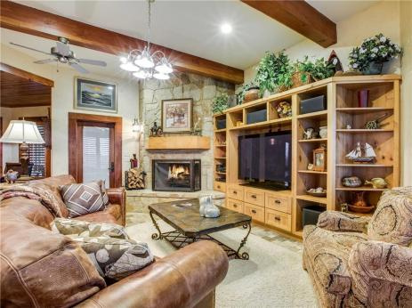 Texas Ranch and Custom Built Home For Sale, $2.25M, 300+ Acres, Water, Views, Pool, Gym