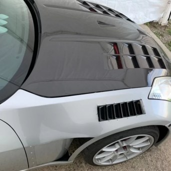 Nissan 350z with Professional Awesome Racing Fender Vents2