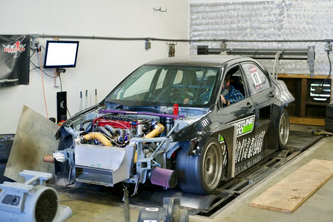 Mitsubishi Evolution on dyno