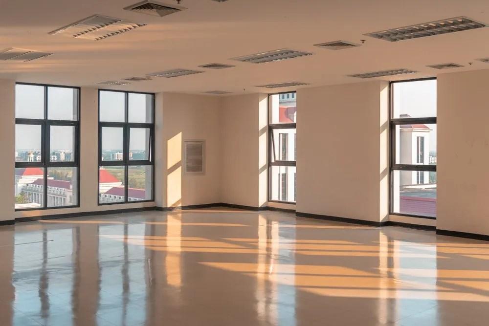 clean hard floor