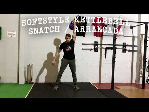 KETTLEBELL SNATCH / ARRANCADA – HARDSTYLE vs SOFTSTYLE COMPARATIVA | RAW PERFORMANCE
