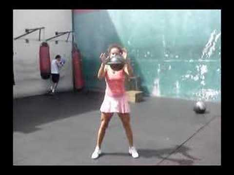 Tennis Well being: Suzanna flipping the 88 lbs kettlebell