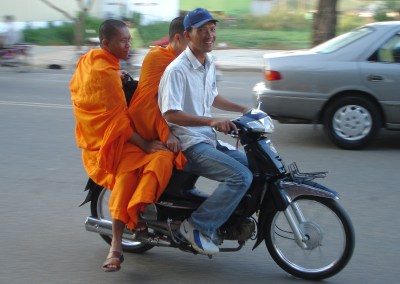 Traffic and Safe Commuting in Cambodia
