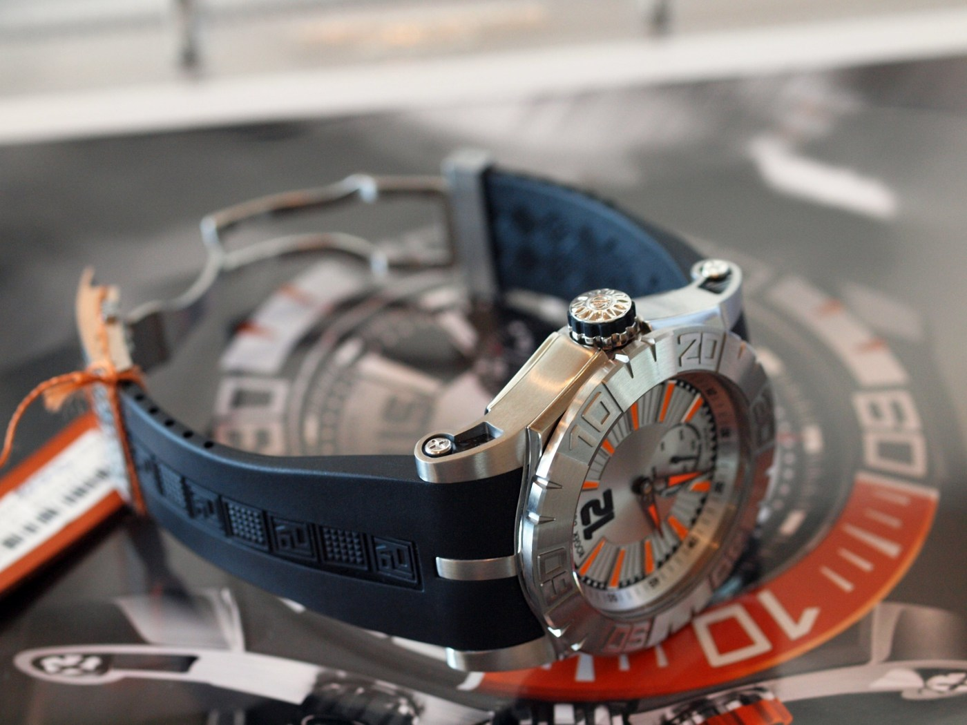 Roger Dubuis Easy Diver RDDBSE0256