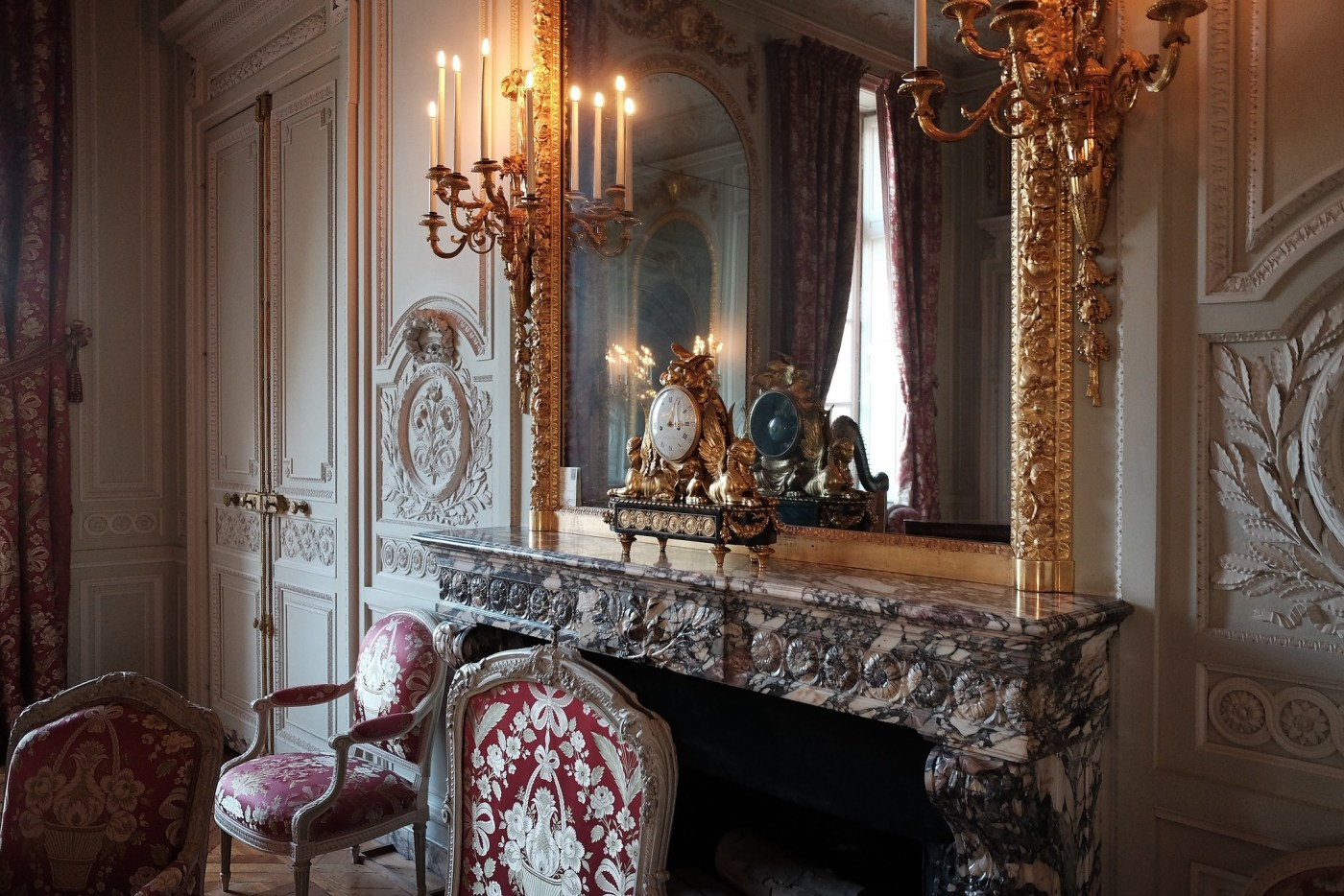 Montres Breguet donated 7 million Euros to the Chauteau de Versailles foundation to restore Petit Trianon, Marie-Antoinette's home, including beautiful Royal clocks in almost every room