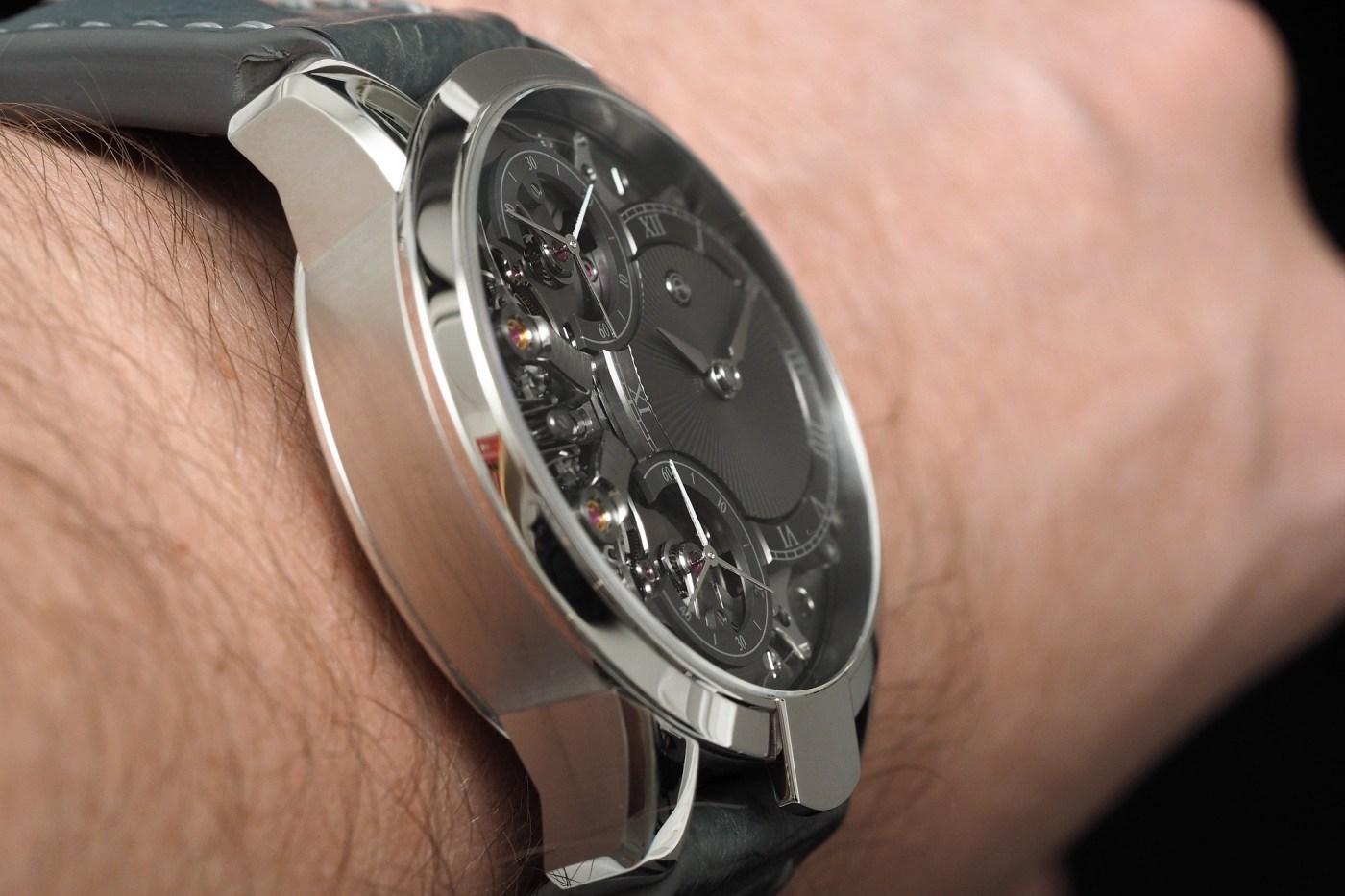 Armin Strom Mirrored Force Resonance stainless steel wristshot