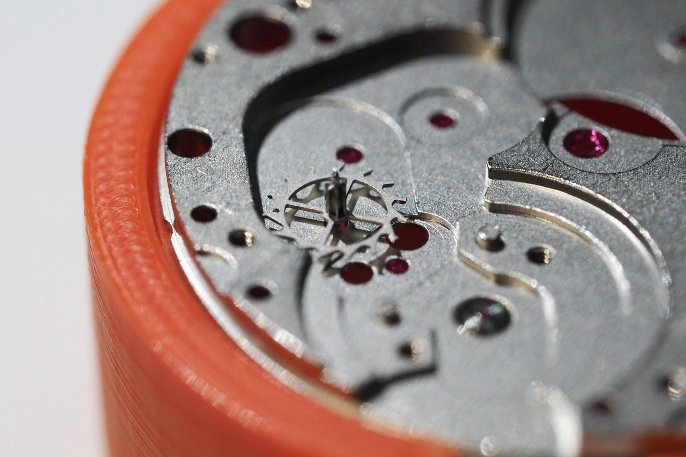 Install escape wheel in ETA 6497-1 baseplate