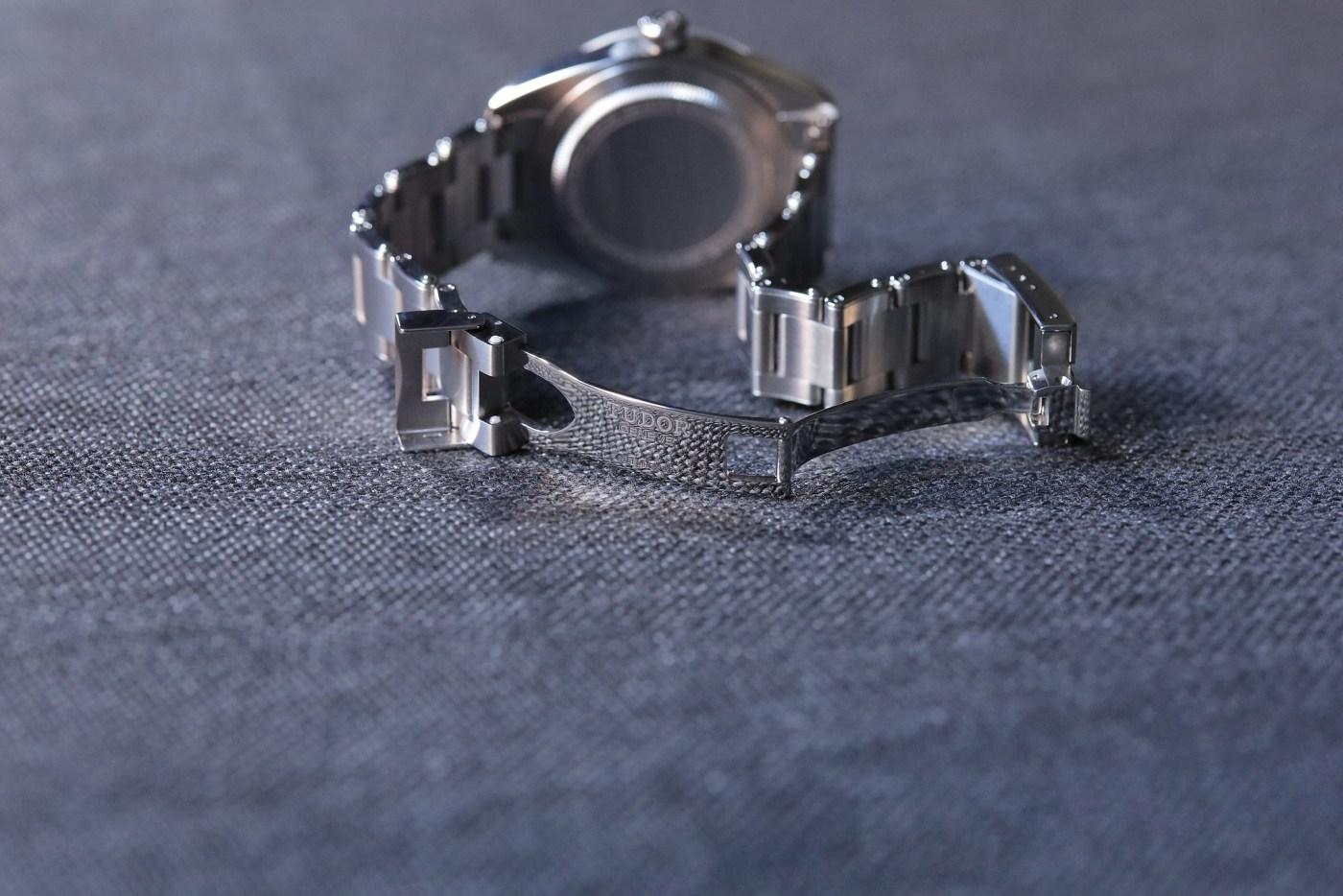 Black Bay 58 steel bracelet clasp