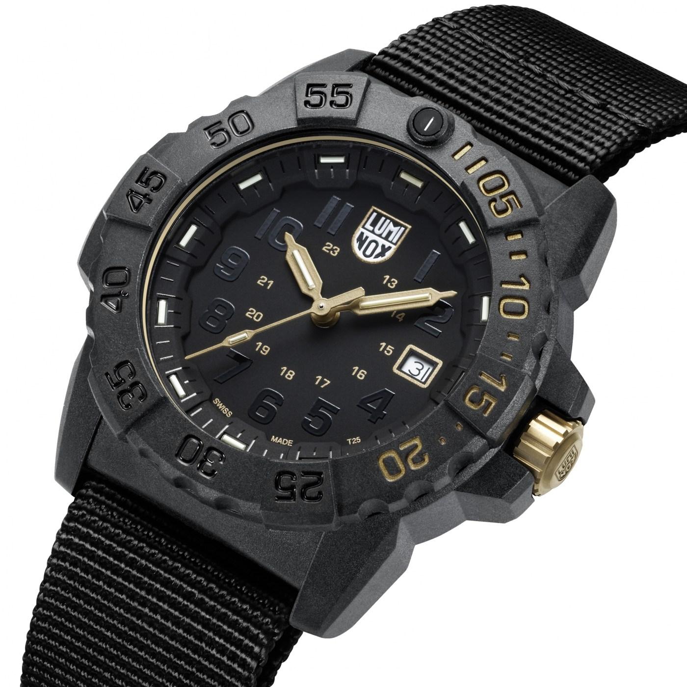 Luminox Navy Seal 3500 Gold angle