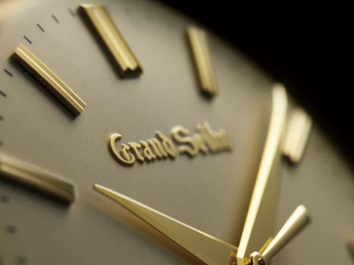 Grand Seiko SBGW258 dial close up