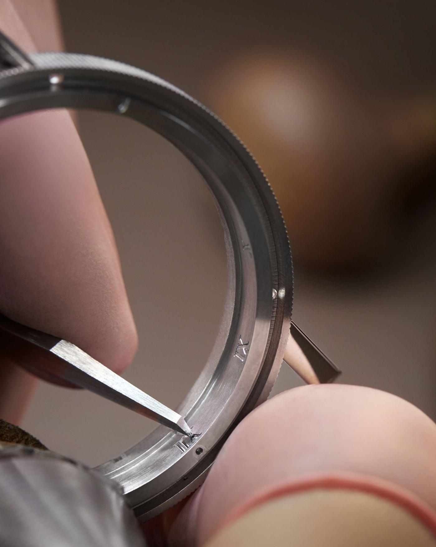 Breguet Classique Double Tourbillon 5345 Quai de l'Horloge engraving