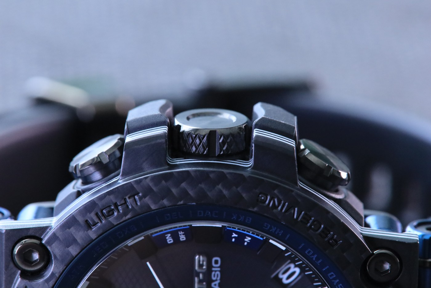 G-Shock MT-G Carbon Fiber MTGB1000XB-1A crown detail