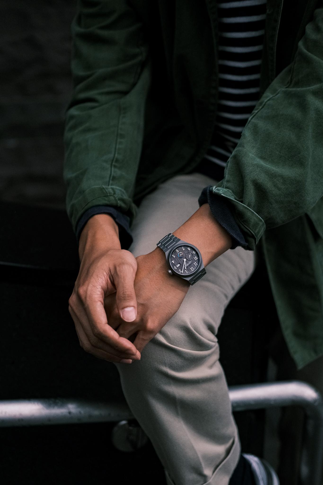 Autark 10 Year wristshot
