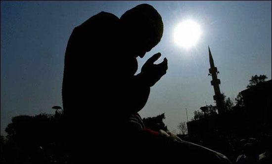 Usaha Doa Dan Berdoa