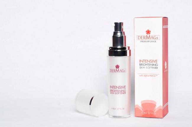 dermags-intensive-brightening-cleanser-cerahkan-kulit
