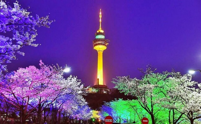 percutian-murah-korea-Seoul-Namsan-tower