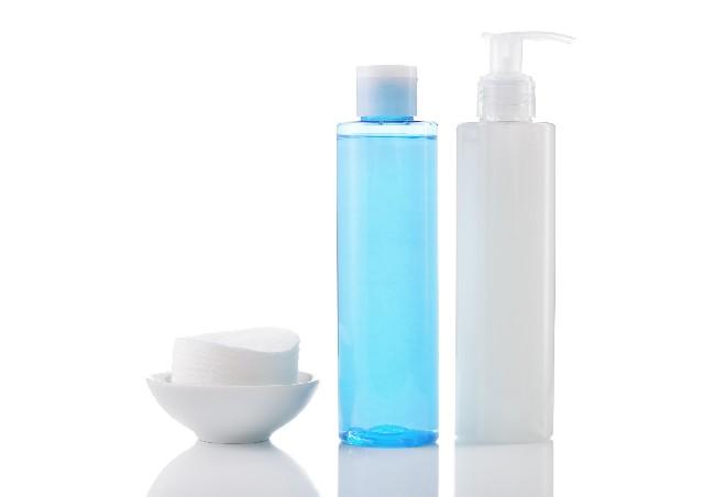 memilih-pencuci-muka-mengikut-jenis-kulit