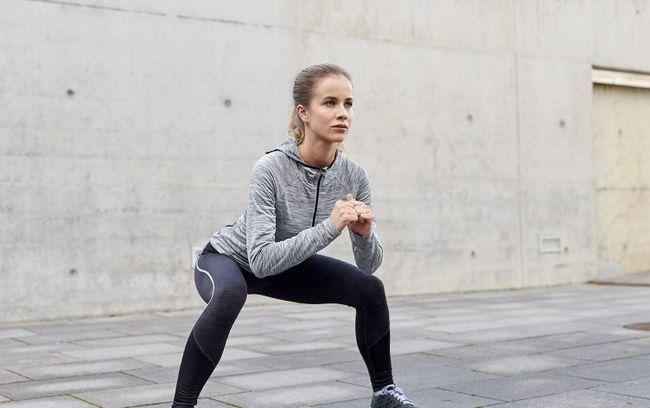 teknik squat cara terpantas montokkan punggung